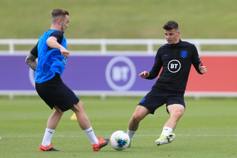 Photo of Mason Mount: Saya Gabung Barcelona atau Real Madrid?